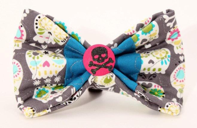 We are so in love with the 'sugar skulls' pattern!
